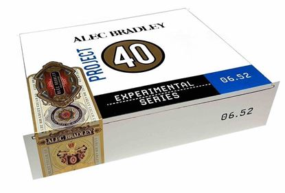 Picture of Alec Bradley Project 40 07.52-Churchill