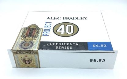 Picture of Alec Bradley Project 40 06.52-Toro