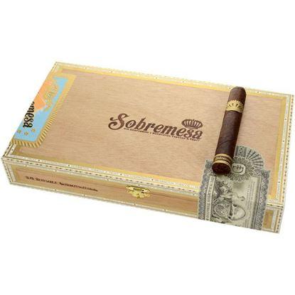 Picture of Sobremesa Short Churchill
